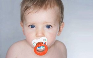 Crooked teeth and pacifier