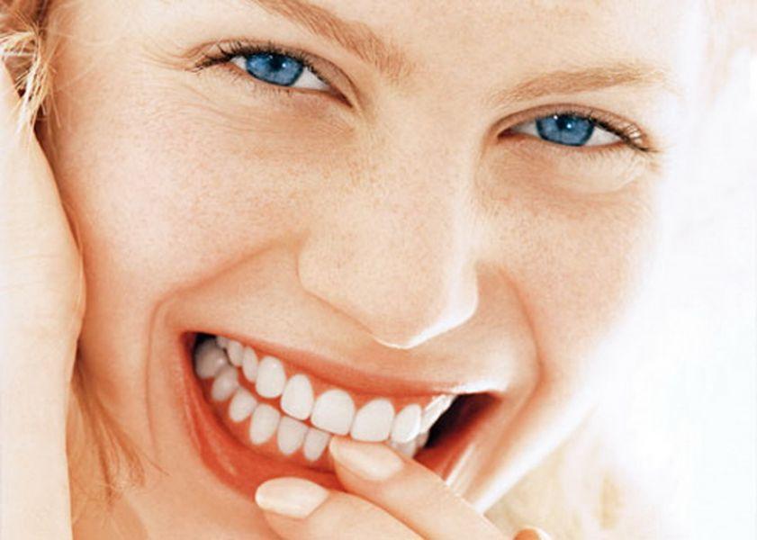 denti sani e salvi dalla parodontite