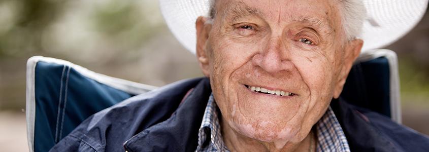 parodontite negli anziani dentista milano